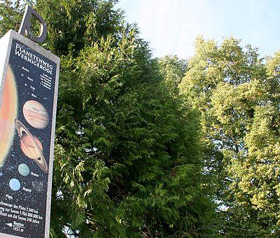 Stehle des Planetenweg in Wernigerode