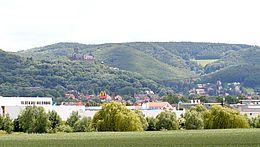 Wernigerode mit seinem Gewerbegebiet und dem Schlossblick.