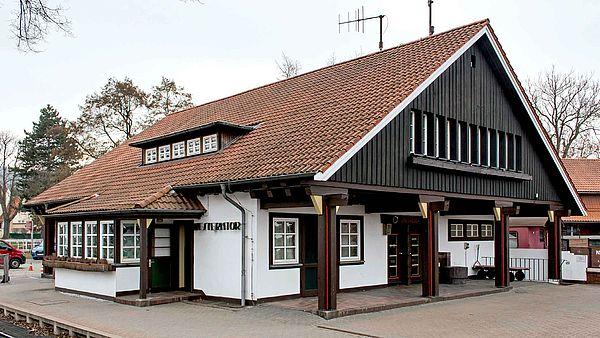 Westerntorbahnhof Außenansicht