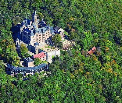 Luftbildaufnahme vom Schloss Wernigerode