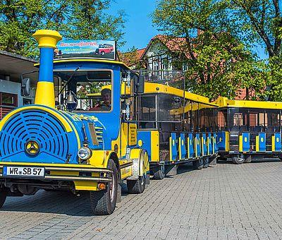 Die Schlossbahn auf dem Parkplatz Anger