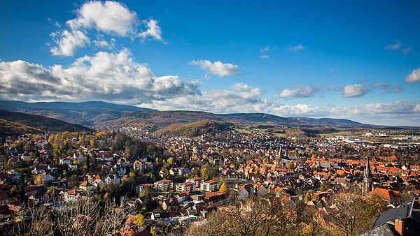 Blick über Wernigerode Richtung Brocken