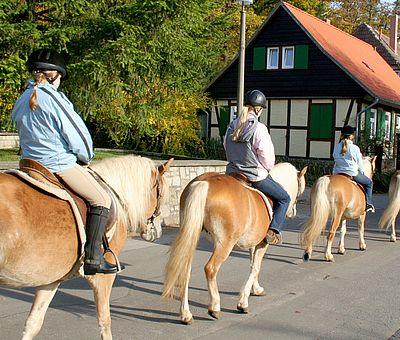 Reitergruppe im Christianental