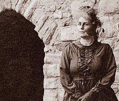 Gräfin Elenore auf einer alten Aufnahme