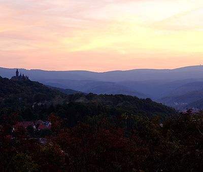Schloss Wernigerode und Brockenblick