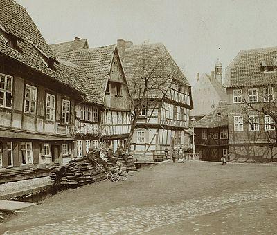 Historische Aufnahme vom Schiefen Haus in Wernigerode